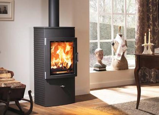 po le bois fonte austroflamm chester pivotant. Black Bedroom Furniture Sets. Home Design Ideas